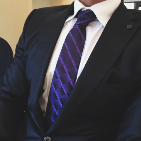 purpletie_suit2